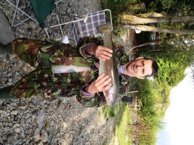 """Garden Fly"" nets Four Pounder for Chris"