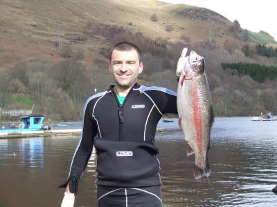 Kayaker nets nine pounder